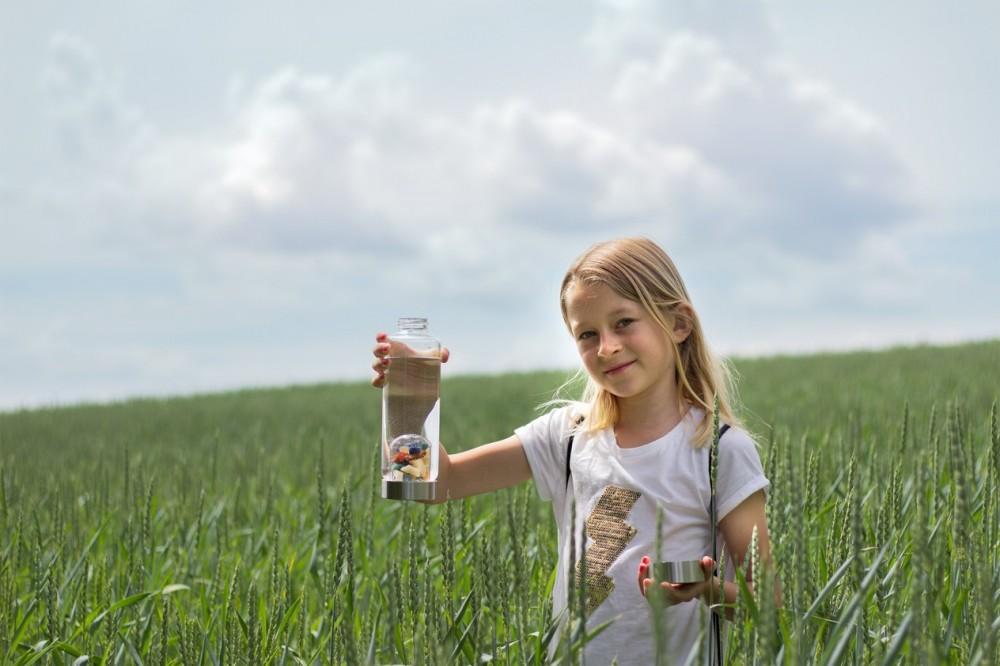 Lahev ViA | Pro děti byla vytvořena speciálně ...pro děti  <a href=https://www.vodavita.cz/eshop/lahve/via-pro-deti.htm>více informací</a>