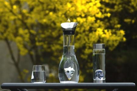 Revitalizace vody přírodními drahokamy