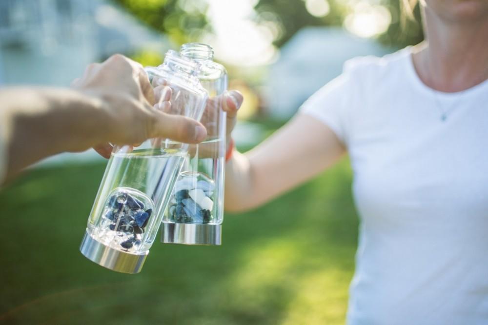 Osobní lahev ViA | bude vám slušet nesrovnatelně víc, než pomačkaná plastová lahev